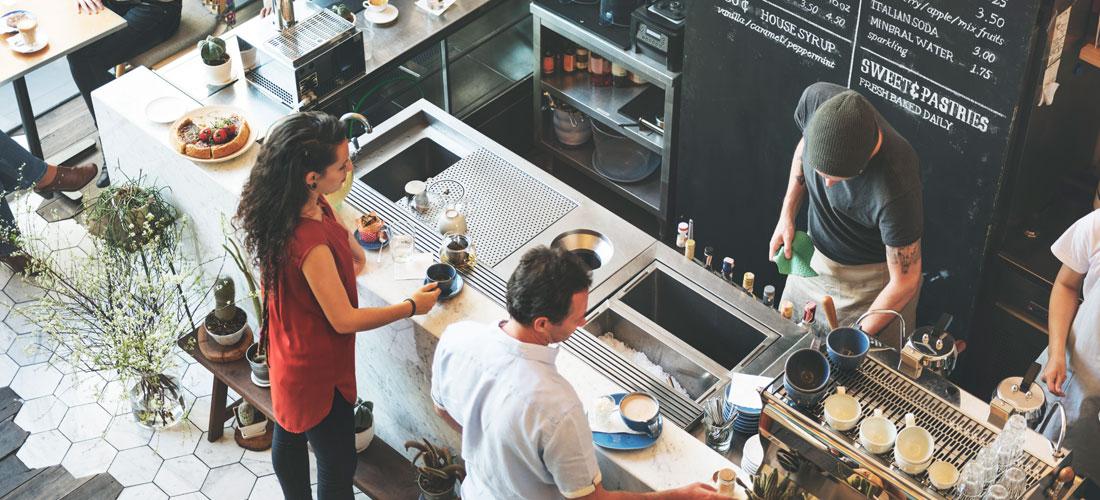 Restaurante lleno de gente